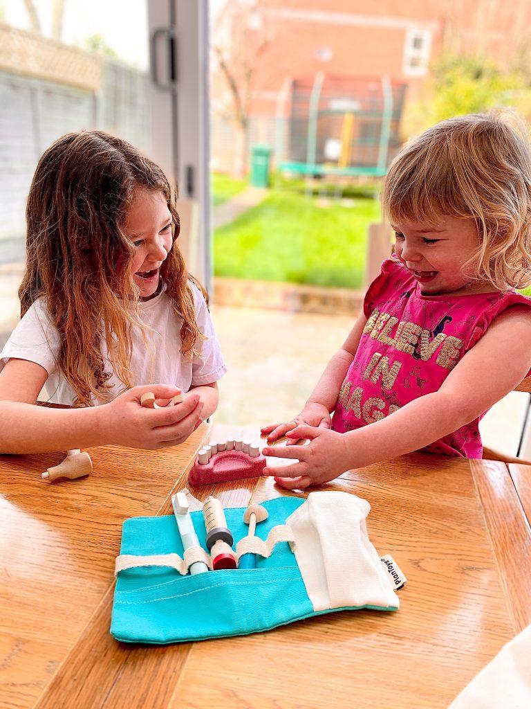 Plan Toys Dentist Set (30 tokens)